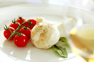 """Mozzarella affumicata."" or smoked mozzarella / Photo by Franz Conde"
