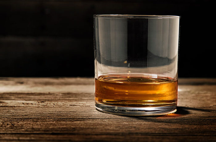 How To Taste Whiskey Wine Enthusiast Magazine