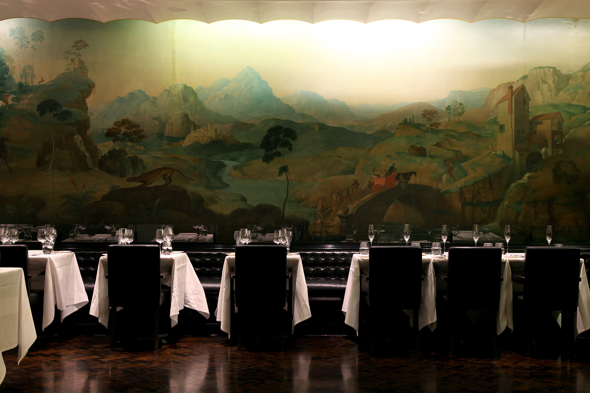 10 art museums around the world with exceptional wine for Restaurant rex