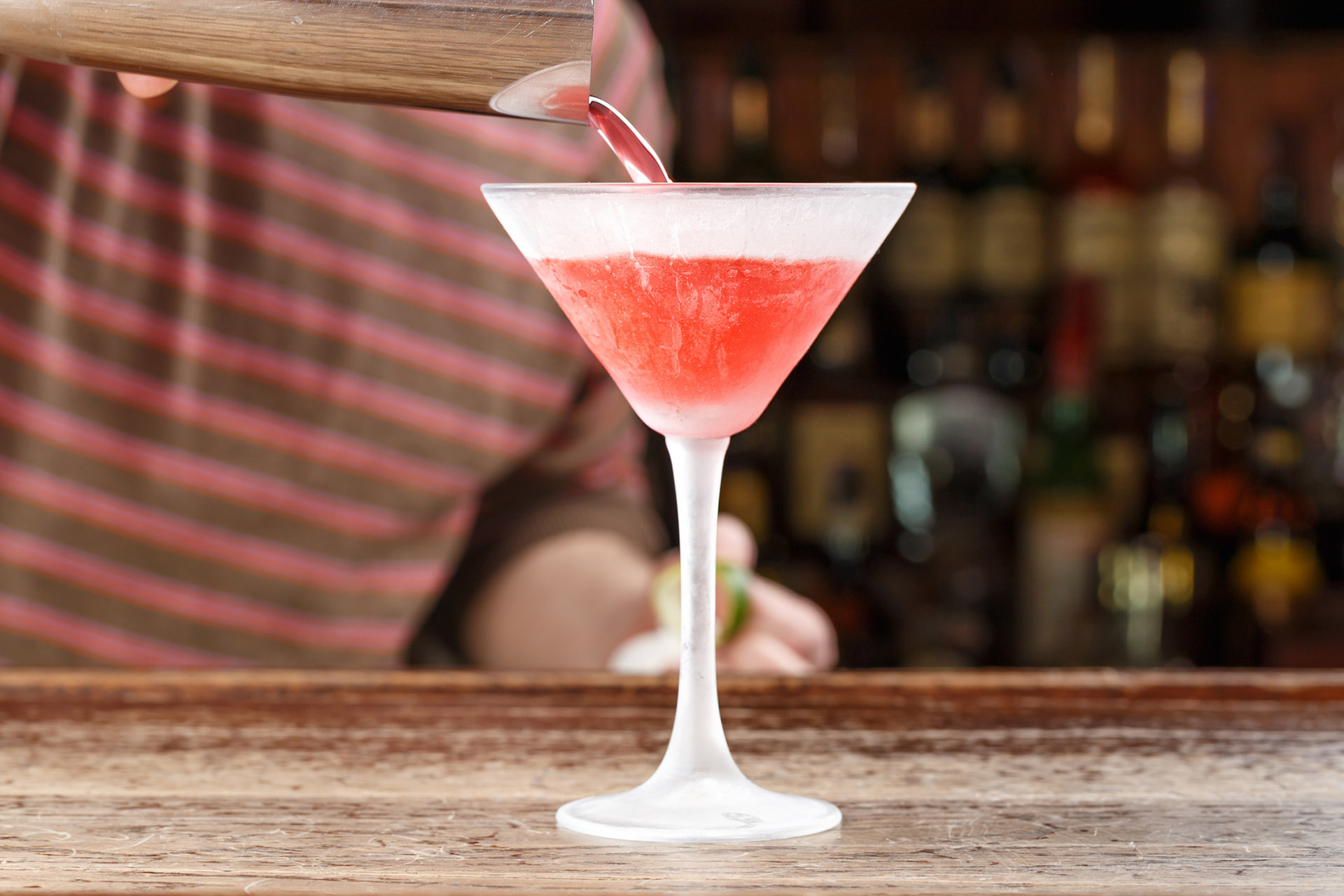How To Make A Cosmo The Right Way Wine Enthusiast