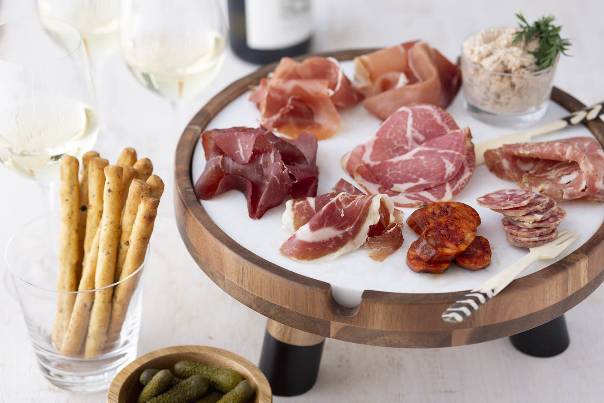 How To Build A Charcuterie Board Like A Pro Wine Enthusiast
