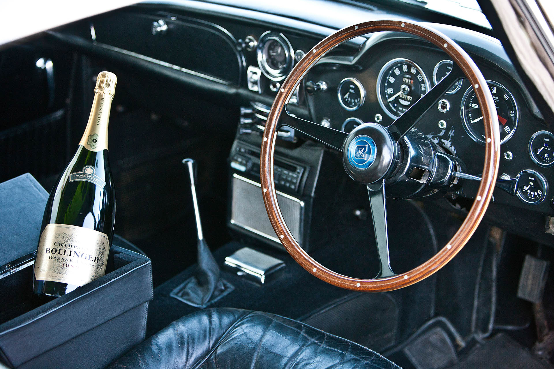 CEX24F Dashboard in Aston Martin DB5, James Bond classic car