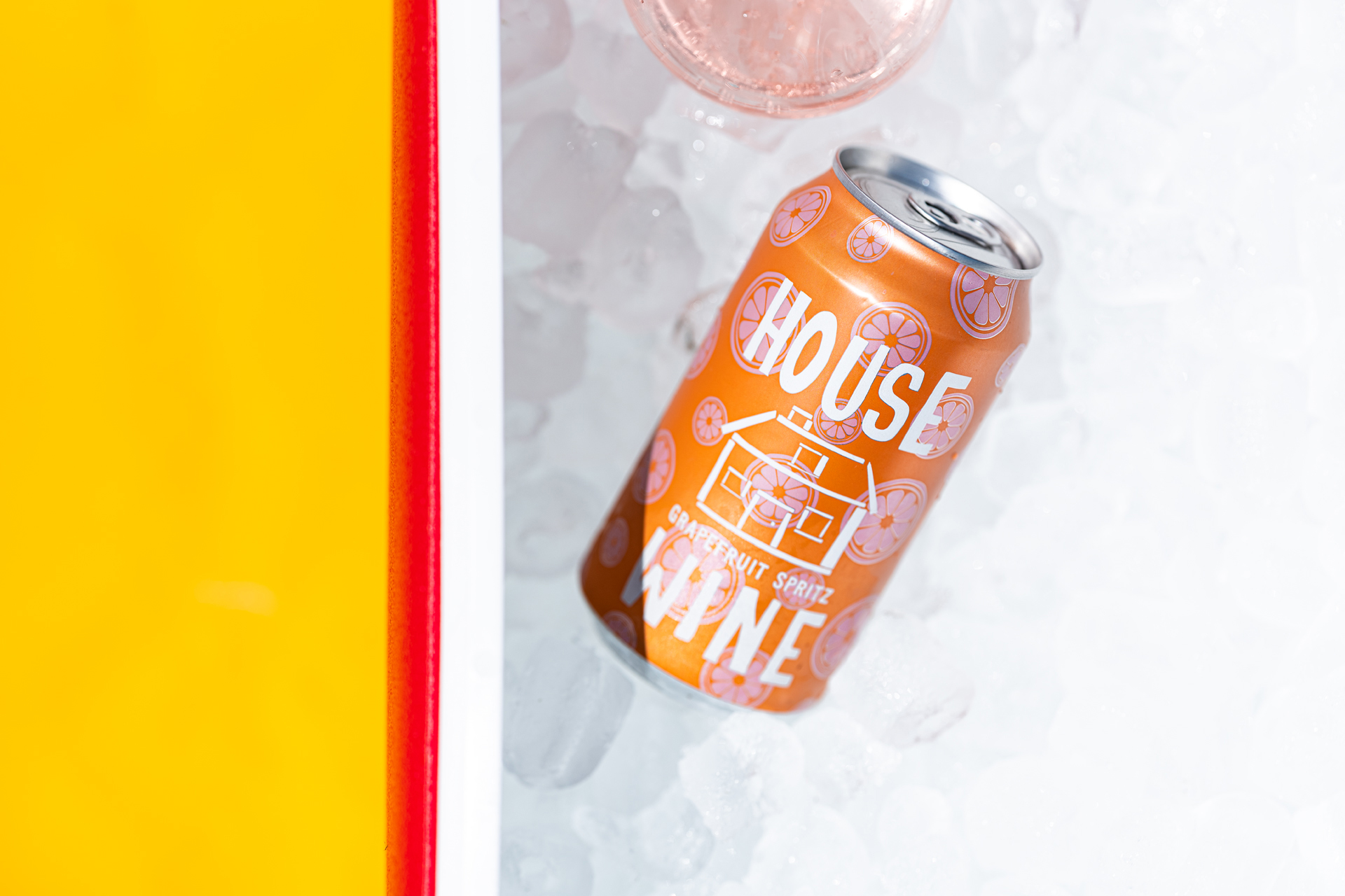 House Wine Grapefruit is one of our six favorite canned wine spritzers